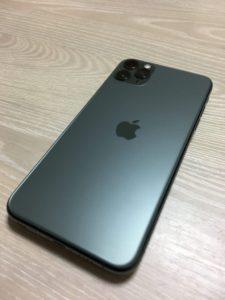 iPhone11 Pro Max(ミッドナイトグリーン)