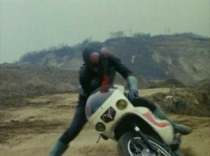 仮面ライダー(旧)1号とサイクロン